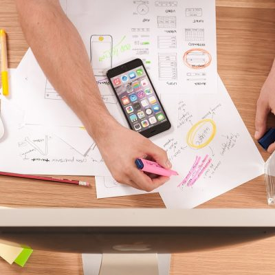 Le marketing web implique de nombreuses tâches